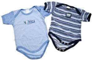 Baby Erstaustattung - Strampler und Bodys gehören dazu