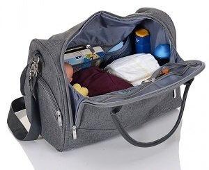 Wickeltasche als praktischer Bestandteil der Baby Erstausstattung