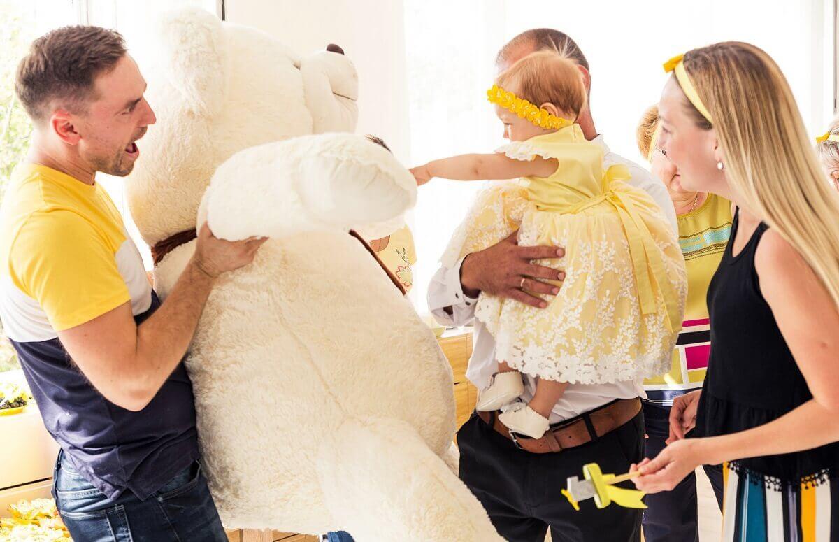 Tipps für den Kauf vom Riesen Teddy als Geschenk zum ersten Geburtstag